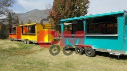 variedad de foodtruck de 4 metros de largo, colores amarillo, celeste y naranjo.